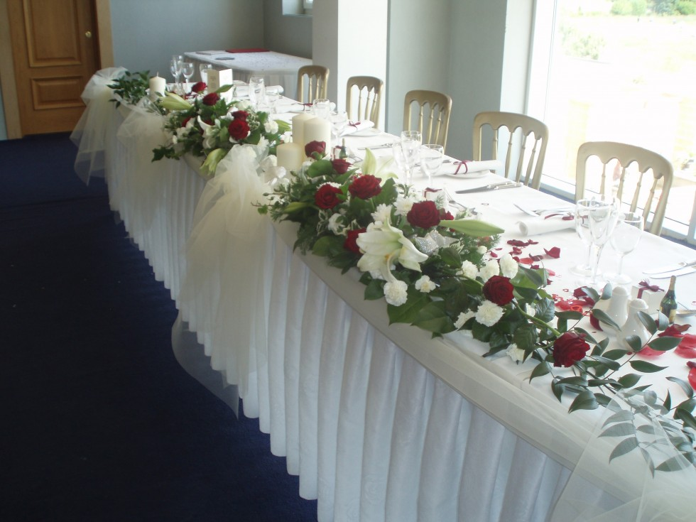 Red U0026 Ivory Full Top Table Floral Arrangement With Bridal Tulle Bow  Centrepiece. U2039