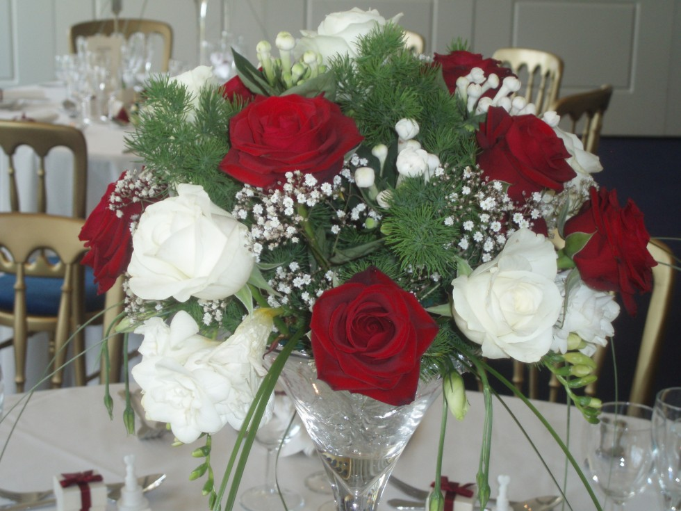 Close Up Of Red U0026 Ivory Rose Martini Glass Table Centrepiece With  Gypsophelia